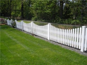 PVC and Vinyl Scalloped flatboard picket fence