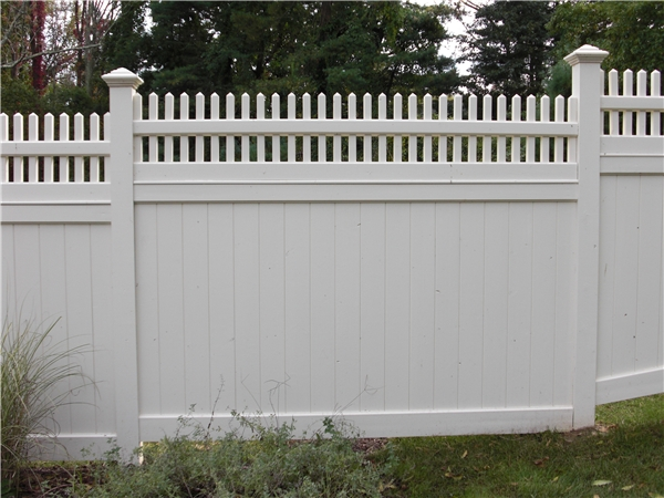 Wood Privacy Fence With Fence Topper Wilton CT