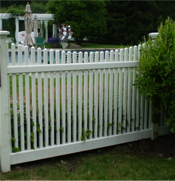 Wood Cedar Scalloped Picket Fence Greenwich Ct