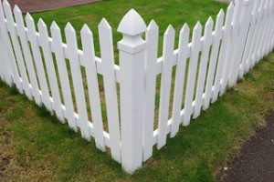 vinyl-fence-maintenance-300x200